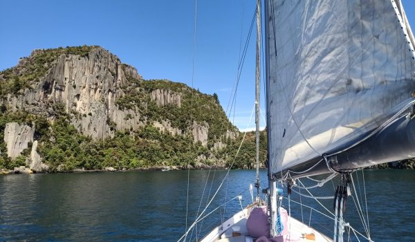 Western Bays – Hidden Wonders Full Day Tour
